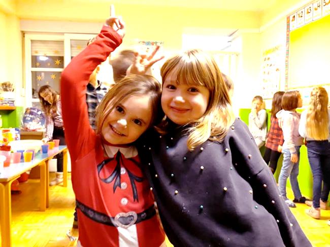 Dječja Božična Zabava YEC članovi